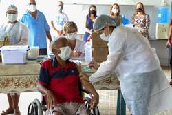 Jaboatão inicia vacinação contra Covid-19 em idosos e cuidadores em ILPIs (Foto: Chico Bezerra/ PMJG)