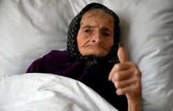 Anciã de 99 anos vence a covid-19 na Croácia (Foto: DENIS LOVROVIC / AFP)