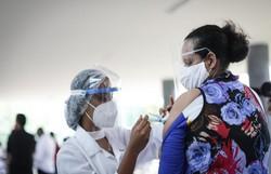 Prefeituras realizam mutirão para incentivar a vacinação da segunda dose; confira quais municípios participam da ação  (Foto: Rodolfo Loepert/PCR)
