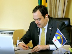 Paulo Câmara sanciona lei que regulamenta atividades religiosas em Pernambuco