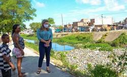 Marília Arraes (PT) promete ampliar investimentos no saneamento e na manutenção e revitalização dos canais, caso eleita (Foto: PH Reinaux/Divulgação)