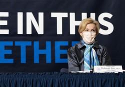 """EUA em """"nova fase"""" da pandemia, afirma conselheira especial da Casa Branca (Foto: JIM WATSON / AFP)"""