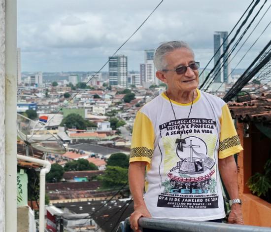 Filme com exibição gratuita conta história de luta social do padre Reginaldo Veloso (Thalyta Tavares/Esp.DP)