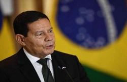 Mourão sobre Queiroga: 'Acho que ele já saiu daqui carregando o bichinho' (crédito: Evaristo Sá/AFP)