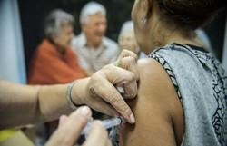 Vacinação de grupos prioritários só deve terminar em setembro, prevê Saúde (Foto: Marcelo Camargo/Agência Brasil)
