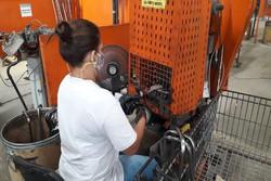 Indústrias de PE abrem espaço para mão de obra de reeducandas   (Foto: Ray Evllyn/Divulgação)