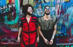 Almério e Martins realizam show em formato drive-in no Recife (Foto: Jeff Moura/Divulgação )