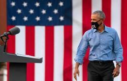 Em comício, Obama diz que Casa Branca errou na gestão da pandemia (Alex Edelman/AFP )