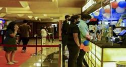 Cinemas reabrem em Mumbai, sede de Bollywood (Foto: SUJIT JAISWAL / AFP)