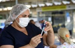 Queiroga torna oficial dose extra de vacina para quem tem mais de 60 anos (crédito: Marcelo Ferreira/CB/D.A Press)