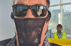 Criador do McAfee é preso na Alemanha por usar calcinha no lugar de máscara (Foto: Reprodução/Twitter)