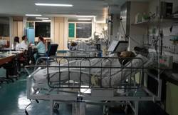 Coronavírus: estudo alerta que escassez de UTIs é estimada para o mês de abril (Foto: Marcello Casal Jr/Agência Brasil)