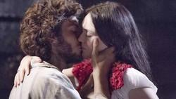 Novo Mundo: Anna e Joaquim se beijam. Confira o resumo desta sexta