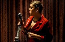 Pernambucana Bella Kahun faz boemia contemporânea em álbum de estreia
