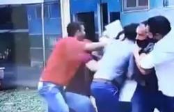 Repórter é agredido com um mata-leão durante reportagem em Minas (foto: Reprodução/Twitter/TV Integração)