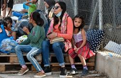EUA anuncia que receberá 125 mil refugiados em 2022, o dobro de 2021 (Foto: LOUISA GOULIAMAKI / AFP )