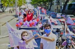Em primeiro dia de campanha, Marília faz ações de bicicleta, carro e barco (Foto: Divulgação)