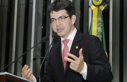 Randolfe pede que PGR investigue instabilidade no Portal da Transparência (Foto: Agência Senado)