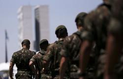 Comando Conjunto Nordeste realiza desinfecção dos locais de prova de concursos militares (Foto: Marcelo Camargo/Agência Brasil)