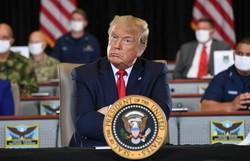 Trump concede indulto a amigo condenado por mentir sobre interferência russa (Foto: Saul Loeb/AFP)