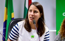 'Não é momento de falar de eleição', destaca Raquel Lyra (PSDB)