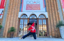 Ex-aluno do Aria Social que passou em nove universidades dos EUA luta para poder estudar (Foto: Divulgação/Aria Espaço de Dança e Arte)