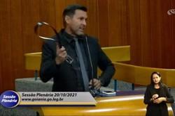 Vereador ameaça colega com surra de cinto durante sessão em Goiânia (crédito: reprodução)