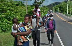 RDC acumula 1.300 civis mortos e meio milhão de deslocados em poucos meses (Foto: ORLANDO SIERRA / AFP)