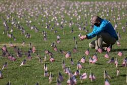 EUA supera 200 mil morte por Covid-19 e Europa tenta evitar segunda onda (Foto: AFP)