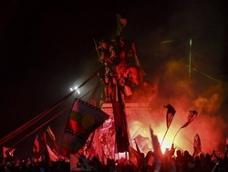 Festa nas ruas do Chile após aprovação de nova Constituição em plebiscito (Foto: Martin Bernetti/AFP)