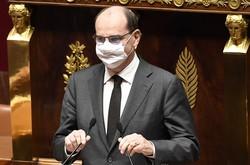 Crianças em escolas da França devem usar máscara a partir dos 6 anos (Foto: Bertrand GUAY / AFP)