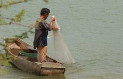 Comunidade pesqueira distribui cestas básicas e refeições em comunidades carentes (Foto: Luis Nova/Esp. CB )