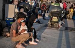 Trump reduz cota de refugiados admitidos nos EUA em 2021 (Foto: AFP / LOUISA GOULIAMAKI)