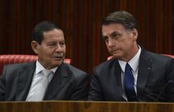 """Bolsonaro rebate Mourão sobre compra de vacina chinesa: """"A caneta Bic é minha"""" (Foto: Valter Campanato/Agência Brasil)"""