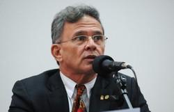 Partido que não disputa eleição, desaparece, diz Paulo Rubem (Foto: Gabriela Korossy/Câmara dos Deputados)