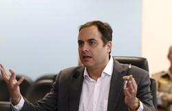 Paulo Câmara critica manifestações pró-Bolsonaro (Foto: Hélia Scheppa/SEI )