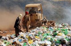 Quase metade dos municípios ainda despeja resíduos em lixões (Foto: Arquivo/Agência Brasil)