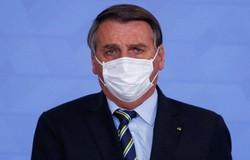 Bolsonaro sobre CoronaVac: 'Eu não posso tomar essa vacina lá de SP' (crédito: AFP / Sergio Lima)