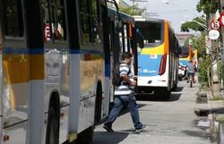 Rodoviários fazem passeata nesta terça-feira ( Leandro de Santana/Esp.DP)