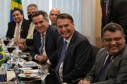 """'Não há problema em mudar de opinião', diz Ciro em posse na Casa Civil (Ministro apoiou os ex-presidentes Lula e Dilma, e chegou a chamar Bolsonaro de fascista, mas diz que """"mudar de opinião não é contradição desde que seja para melhor"""". Foto: Marcos Corrêa/PR )"""