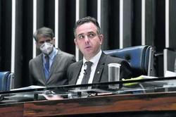 Senadores cobram CPI da Covid para investigar conduta de Bolsonaro (Parlamentares consideram que severidade do atual momento da crise sanitária é razão suficiente para abrir uma investigação contra Bolsonaro e membros do governo na pandemia. Foto: Jefferson Rudy/Agência Senado)