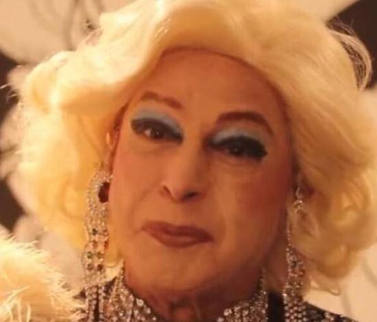 Miss Biá, drag queen pioneira no país, morre por Covid-19