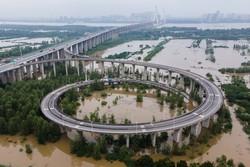 Recorde de chuvas em seis décadas na bacia do Yangtze na China (Foto: STR / AFP)