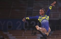 Rebeca Andrade é campeã mundial no salto e prata nas barras (Foto: Martin Bureau/AFP  )