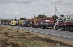 Revendedores de gás fazem protesto na BR-101 (Foto: ABBC Comunicação/Divulgação)