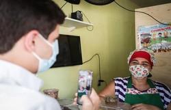 João Campos incentiva empreendedorismo nos bairros do Recife (João Campos tem visitado pontos comerciais nas comunidades recifenses. Foto: Rodolfo Loepert/Divulgação)
