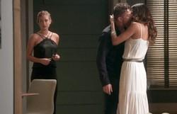 Totalmente Demais: Arthur sai com Natasha e, ao encontrar Eliza e Jonatas, beija a ex. Confira o resumo deste sábado