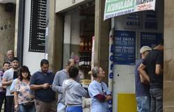AGU: fechamento de lotéricas limita pagamento de benefícios sociais (Foto: Rovena Rosa / Agência Brasil)