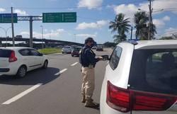 Rodovias federais têm fiscalização intensificada durante Operação Finados em PE (Foto: Divulgação/PRF)