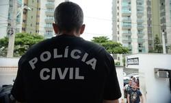 Polícia faz operação contra lavagem de dinheiro do tráfico no Rio (Foto: Tânia Rêgo / Agência Brasil)